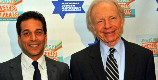 Jay Domb and Sen. Joseph Lieberman